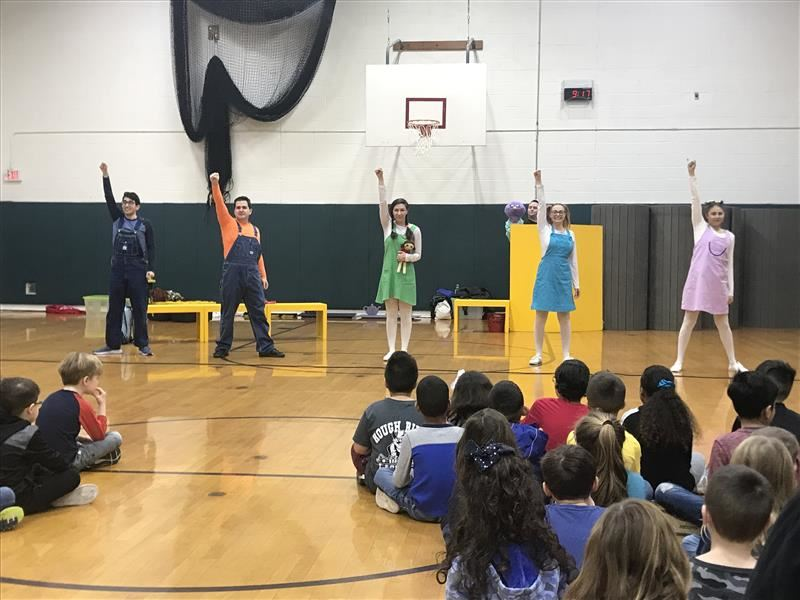 Roosevelt students learn how to stand up to bullying