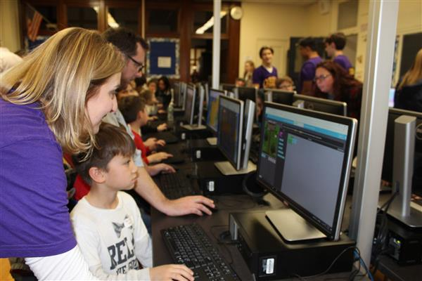 OBEN Students Boot Up for Global 'Hour of Code' Campaign