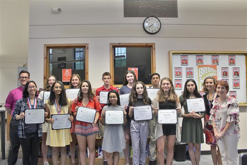 Foreign language students earned awards on national exams