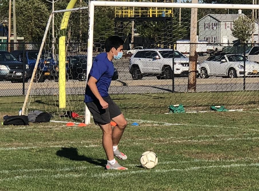 soccer player plays intramurals at obhs