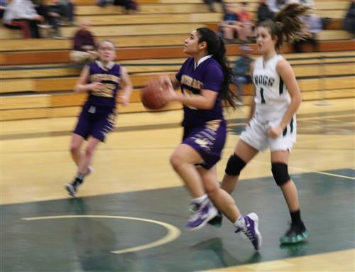 Gianna Gotti drives to the hoop