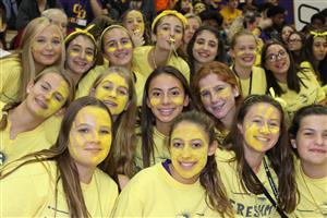 Freshmen wore yellow at pep rally