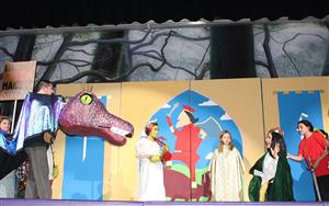 fiona and lord faquad in Shrek, Jr.
