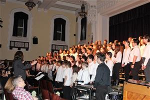 choral groups sing finale