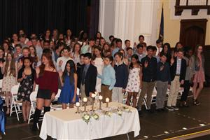 NJHS inductees take the pledge