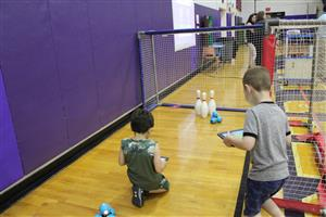 student bowl with Dash robots